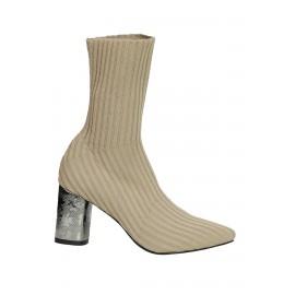 Kadın Çorap Bot Topuk Detaylı